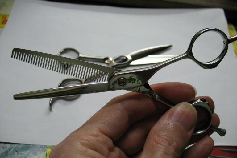 Станок для заточки парикмахерских ножниц в Москве