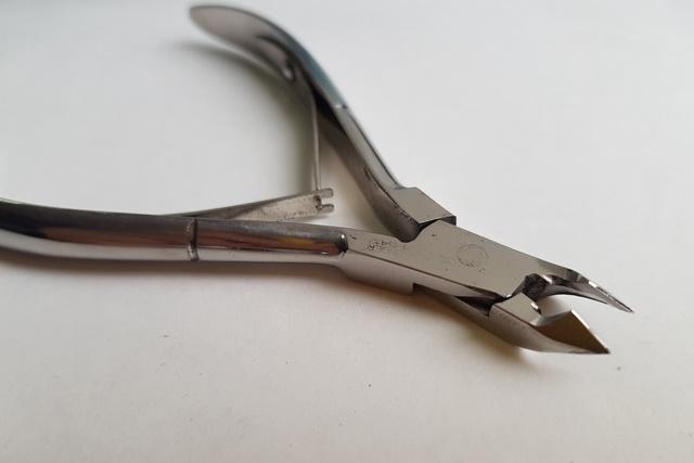 Профессиональная заточка маникюрного инструмента на Таганской недорого